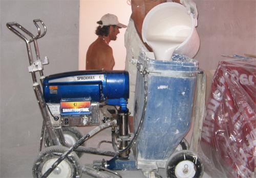 Gépi glettszórás előkészítése